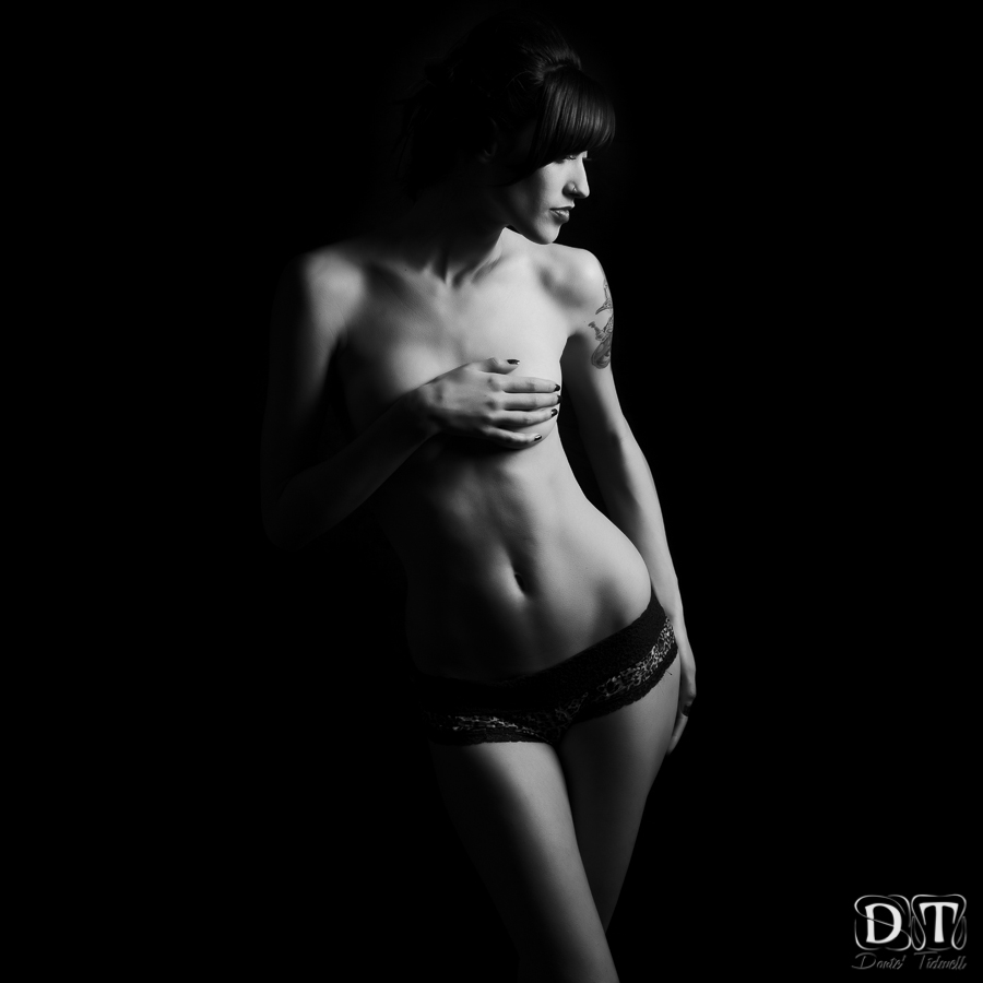 wpid3700-los-angeles-sexy-black-boudoir-photography-donte-tidwell-photo-8.jpg