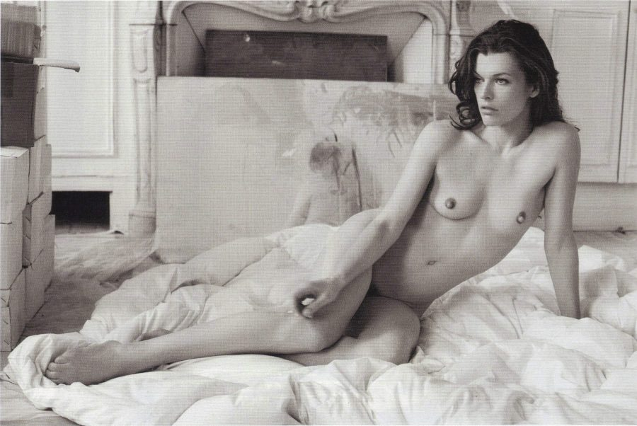 milla-jovovich-by-mario-sorrenti-purple-fashion-magazine-2009-11