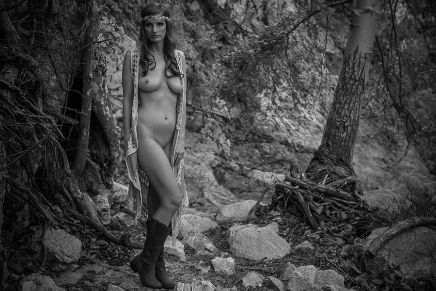 Black and white nude outdoor boudoir photography